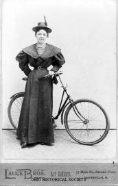 woman_with_bicycle