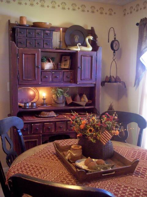 A Primitive Place ~ Primitive & Colonial Inspired Dining Rooms on Remodel:ll6Wzx8Nqba= Small Kitchen Ideas  id=36819