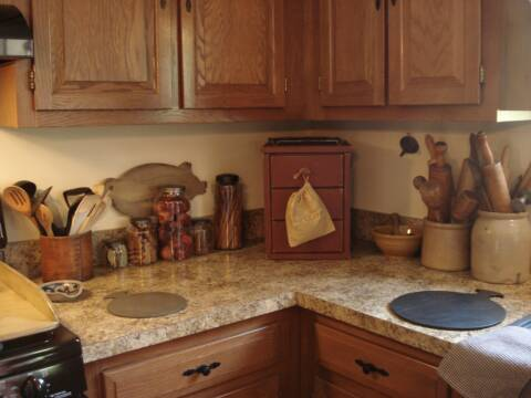A Primitive Place Primitive Amp Colonial Inspired Kitchens