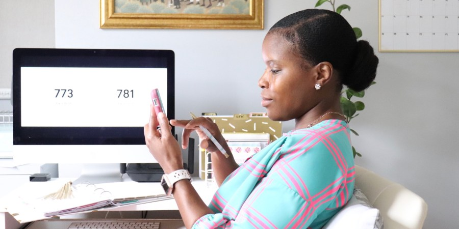 Tips on How To Take Care of your Credit Score through the Holidays