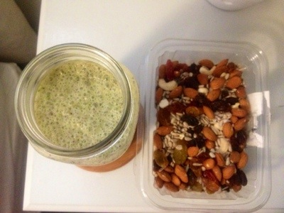 Kale Smoothies + Trail Mix Recipe