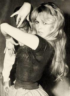 Brigitte Bardot dansant le flamenco