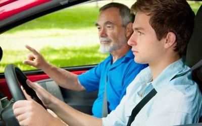 Instrutor(a) de Veículos Automóveis