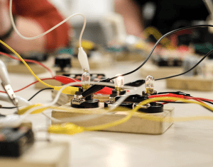 Museum of Discovery Debuts Tinkering Workshop