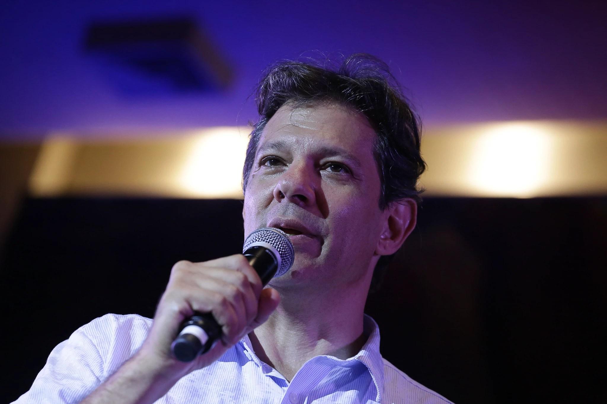Haddad em ato realizado em São Paulo em janeiro: dinheiro para educação cresceu menos do que o anunciado pelo político na sua gestão