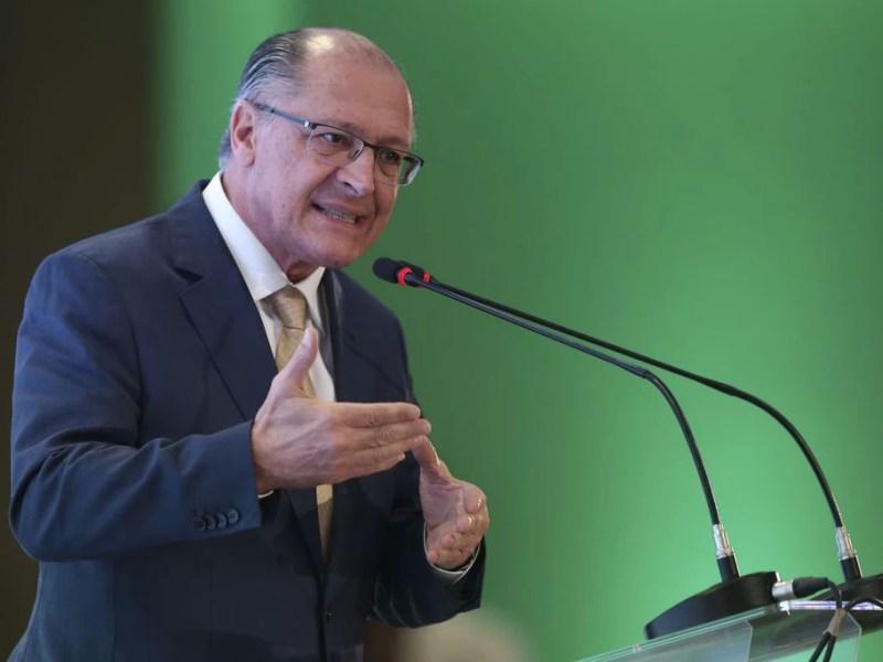 Geraldo Alckmin (PSDB) discursa durante o evento da União Nacional de Entidades do Comércio e Serviços (Unecs), em agosto: total de homicídios em SP superou o de cidades americanas citadas