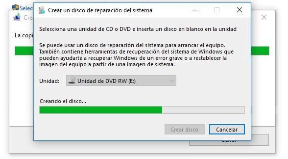 Solicitando-disco-para-crear-disco-de-reparación-de-sistema