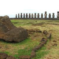 Excursión a la cuna de los moais y tres plataformas ceremoniales