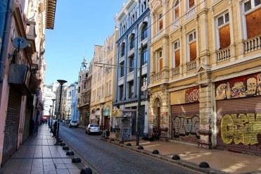 Calle Serrano, Barrio Puerto
