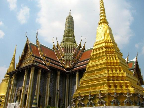 Prasat Phra Dhepbidorn