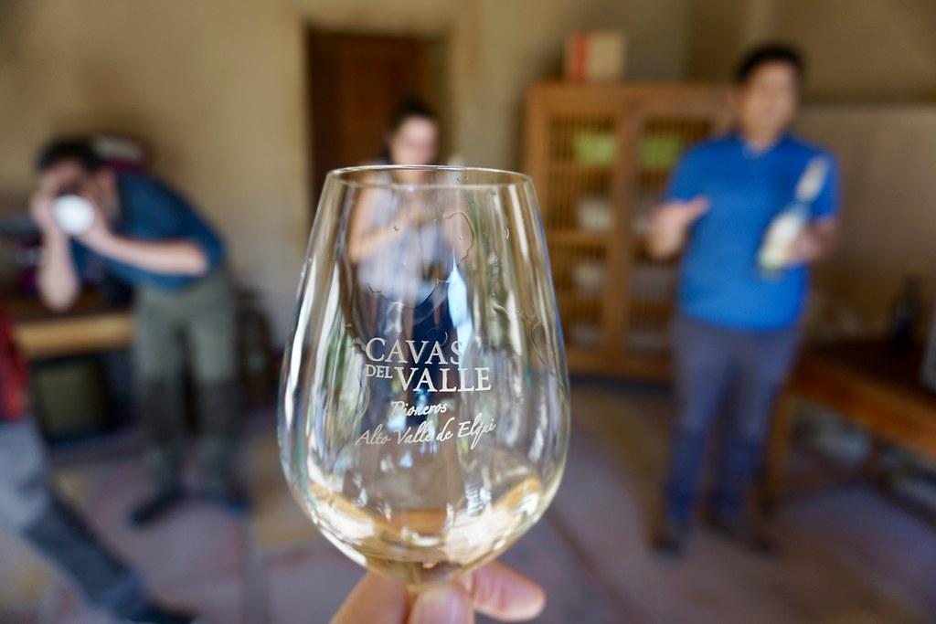 Cata de vino en Cavas del Valle