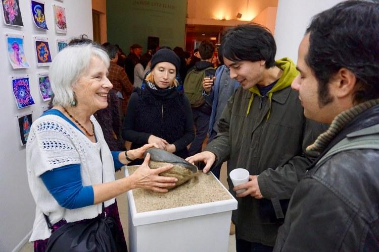 Beatriz Dávila en exposición de la Escuela de Bellas Artes de Viña del Mar en el CENTEX