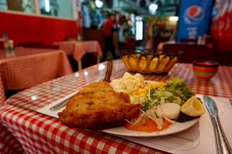 Pescado frito en Restaurante Doris