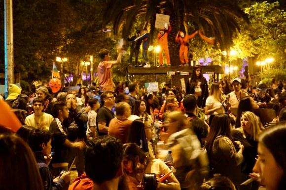 Manifestaciones en Plaza Ñuñoa, Santiago