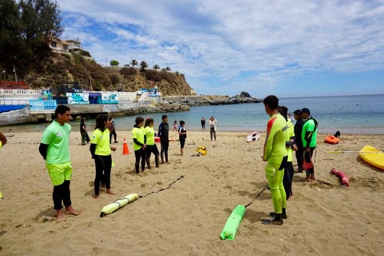 Escuela Kraken en Playa Las Torpederas