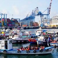 Paseo en lancha y almuerzo en Capri: dos imperdibles de Valparaíso