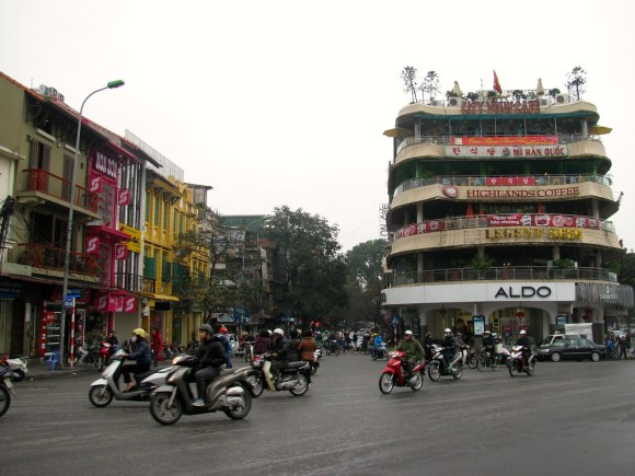 Calle Dinh Tien Hoang