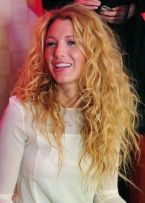 Blake-Lively-Curly-Hairstyles-2015-Best