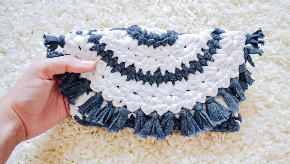 Star Spangled Clutch- Free Pattern