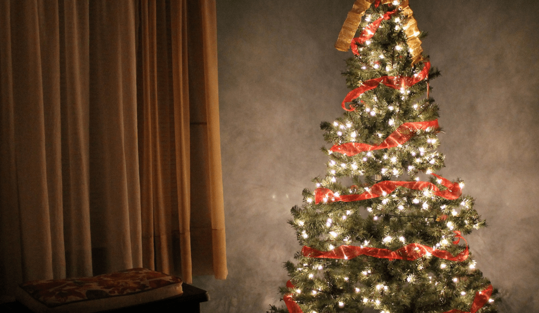 The Complete Guide to Christmas on a Budget for Moms
