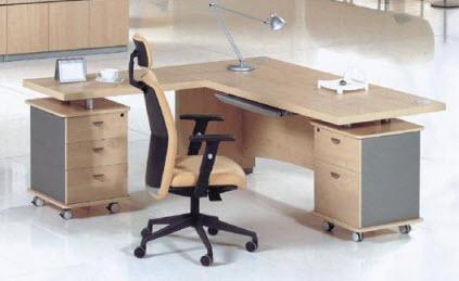 Cara Merawat Furniture Kantor dari Particle Board