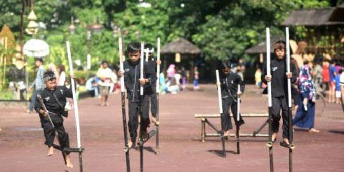 Permainan Tradisional Khas Sunda yang Terkenal di Masanya
