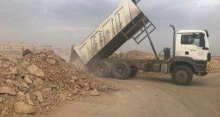بلدية نمار توقف 6 معدات ترمي مخلفات البناء في الأراضي الفضاء