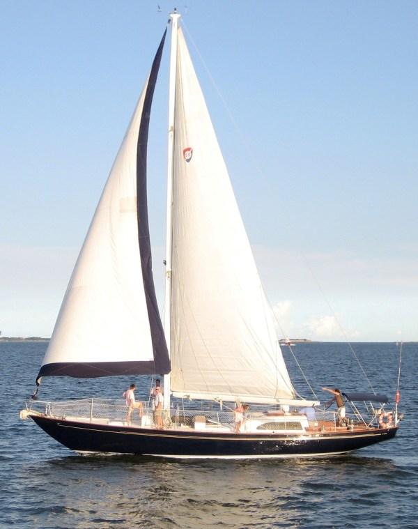 SERENA Charleston Sailing Vessel ~ AquaSafarisAquaSafaris