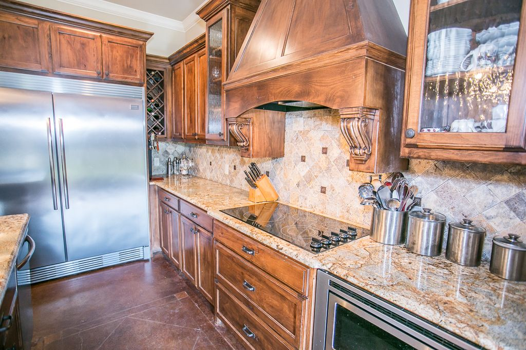 typhoon bordeaux granite with white cabinets   www ... on Typhoon Bordeaux Granite Backsplash Ideas  id=11873