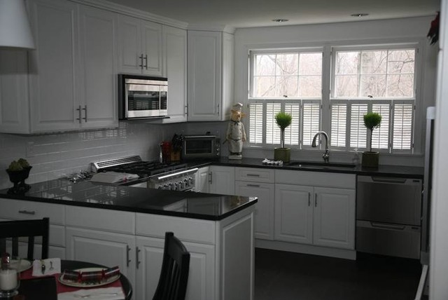 Black Granite Countertops - a Daring Touch of ... on Kitchens With Black Granite Countertops  id=60213