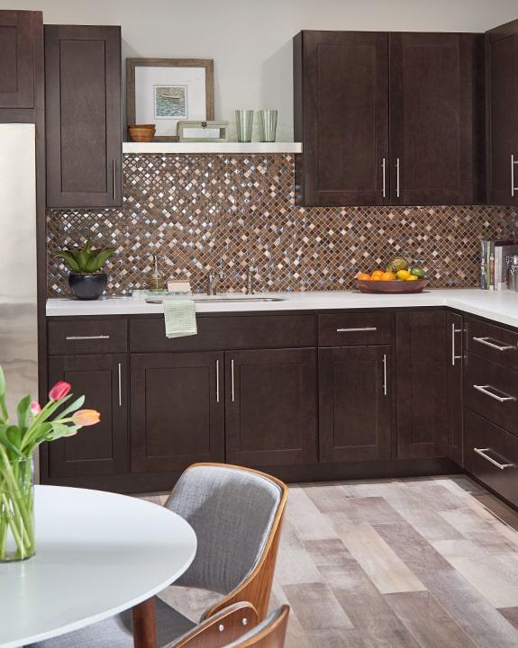 Wolf Dartmouth Dark Sable Stain Kitchen Cabinets on Black Granite Stain  id=48982