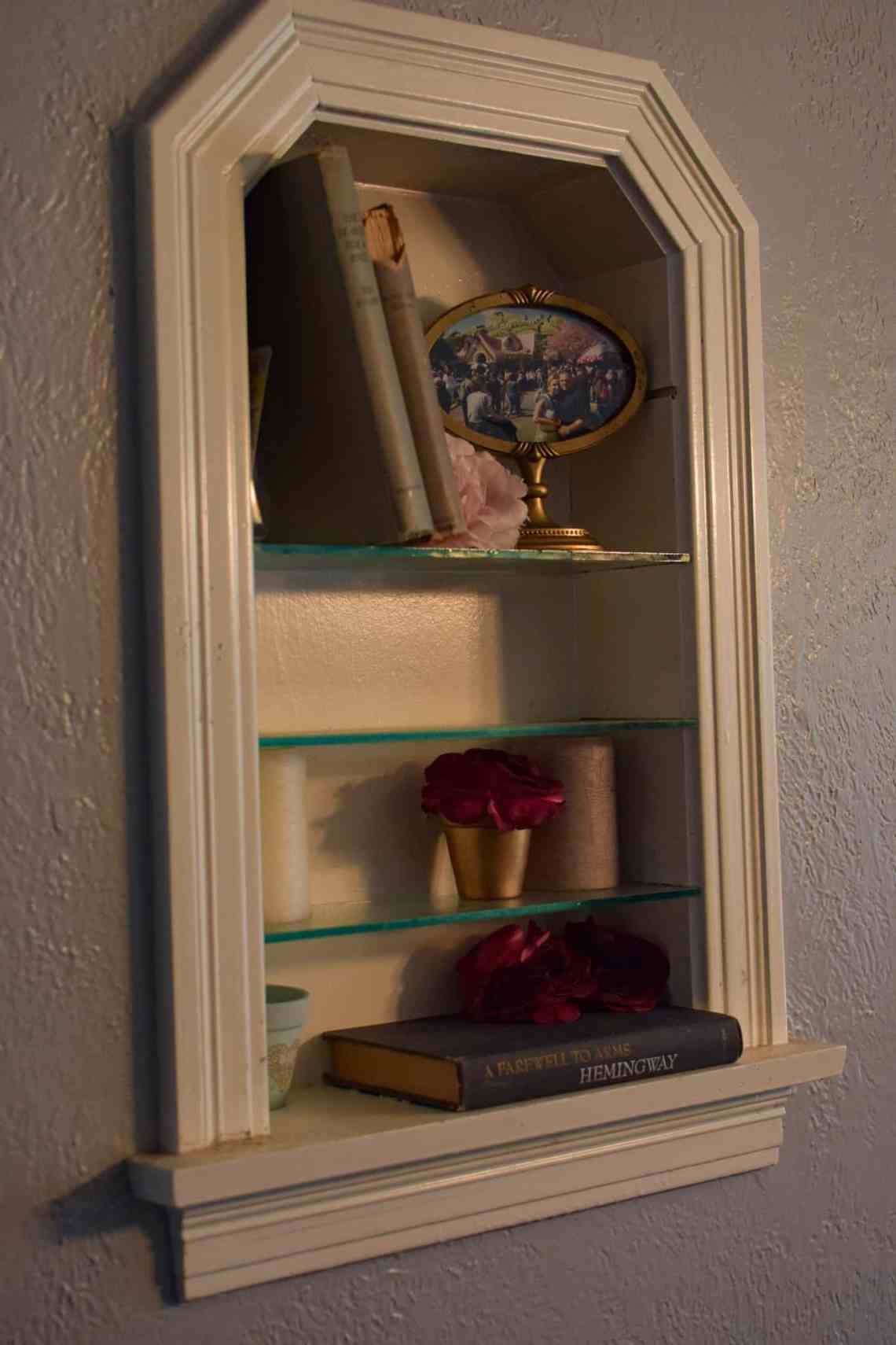 wall nook decorated