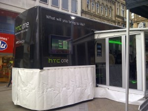 HTC Phones - Advertising Kiosk Displays