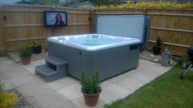 Hot Tub TV Screens