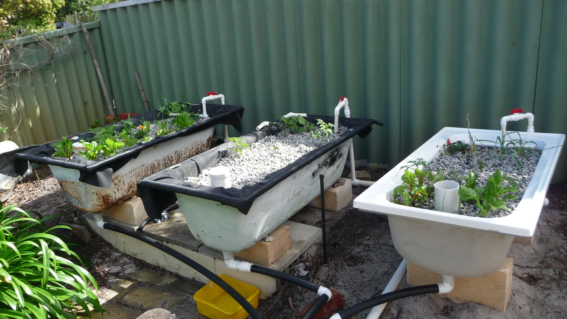 Grow Beds Aquaponics Tubs