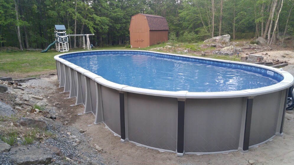 Swimming pool contractors ma ri aquarian pool spa for In ground swimming pool contractors