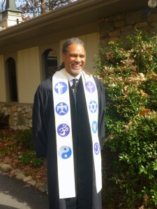 Michael-J-S-Carter-in-robe-P1040913