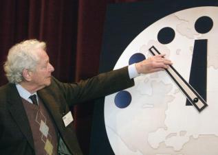 703210-physics-nobel-prize-winner-dr-leon-m-lederman-director-of.jpg.CROP.promo-mediumlarge