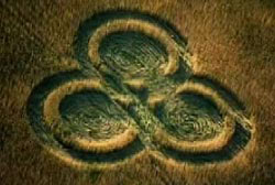 ufo_canadian_crop_circles1
