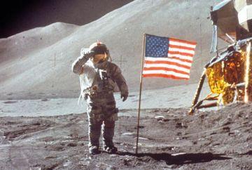 Moon-2-412129