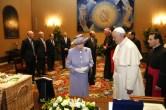 Abbraccio_cosmico_demetrescu_Queen-Pope