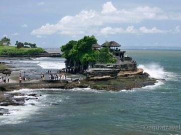 Tanah Lot chram na utesech, Bali dovolená