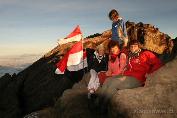 Agung vrcholový tým v den nezávislosti Indonésie