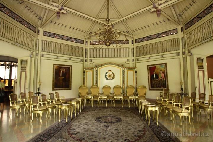 Mangkunegaran - sultánský paláce v Solu na Jávě