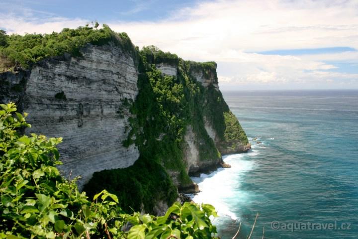 Uluwatu nejjižžnější výběžek ostrova Bali