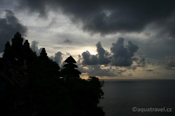 Uluwatu, západ slunce