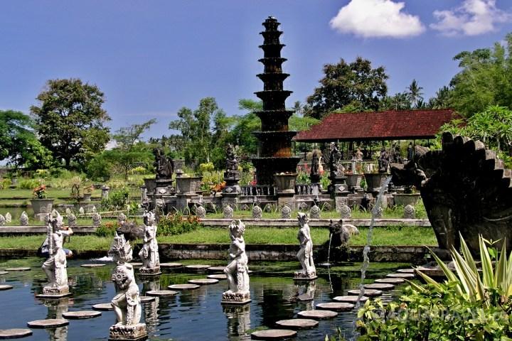 Královské lázně Tirtagangga