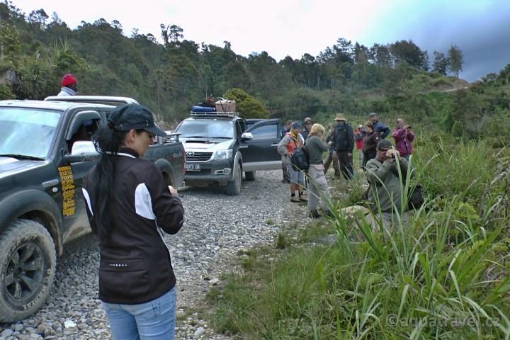 Jeepy 4x4 cestou k jezeru Habbema v horách