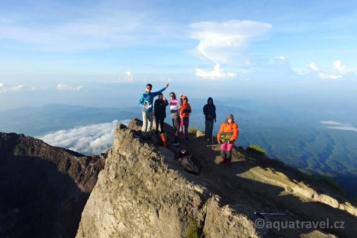 Agung vrchol 3033 m.n.m.