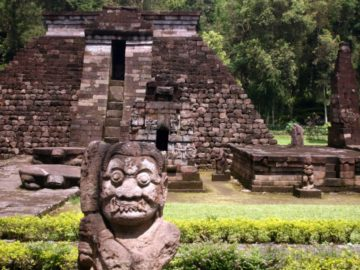 Candi Sukuh erotický chrám